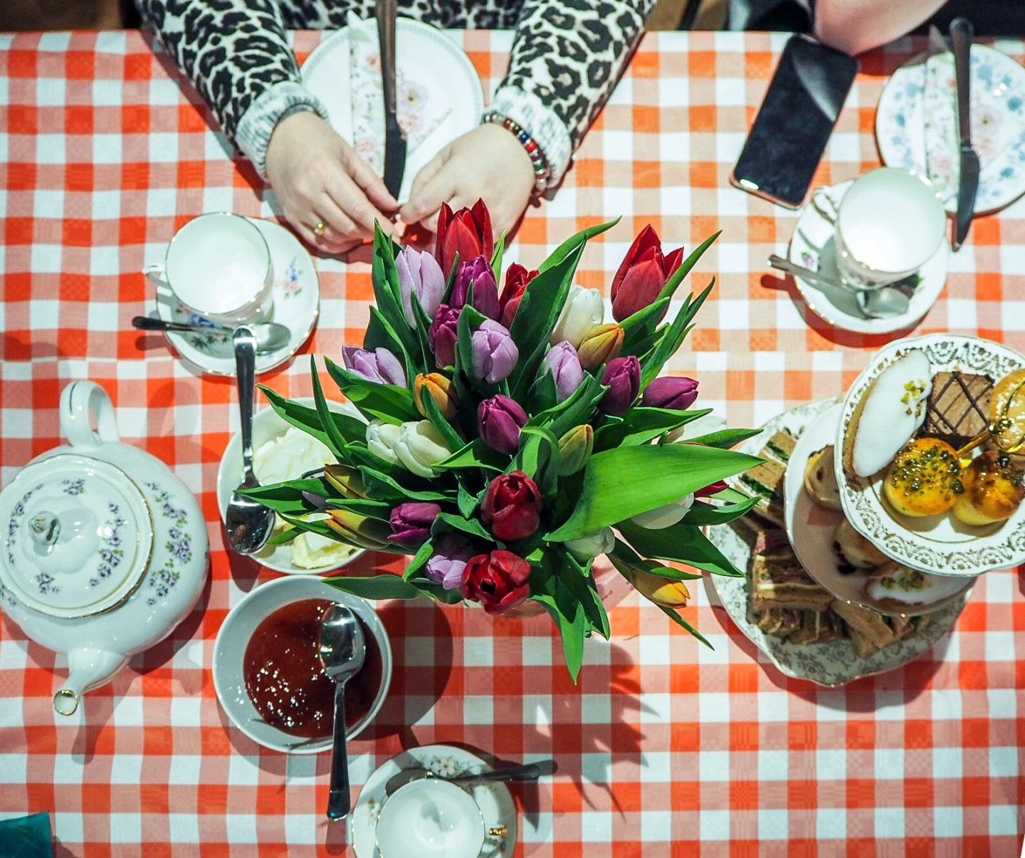 london-afternoon-tea-mothers-day